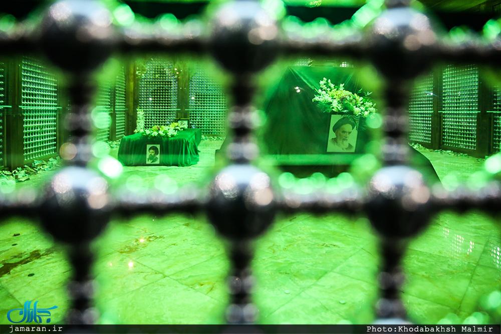 مراسم عزاداری ۲۸ صفر در حرم مطهر امام خمینی